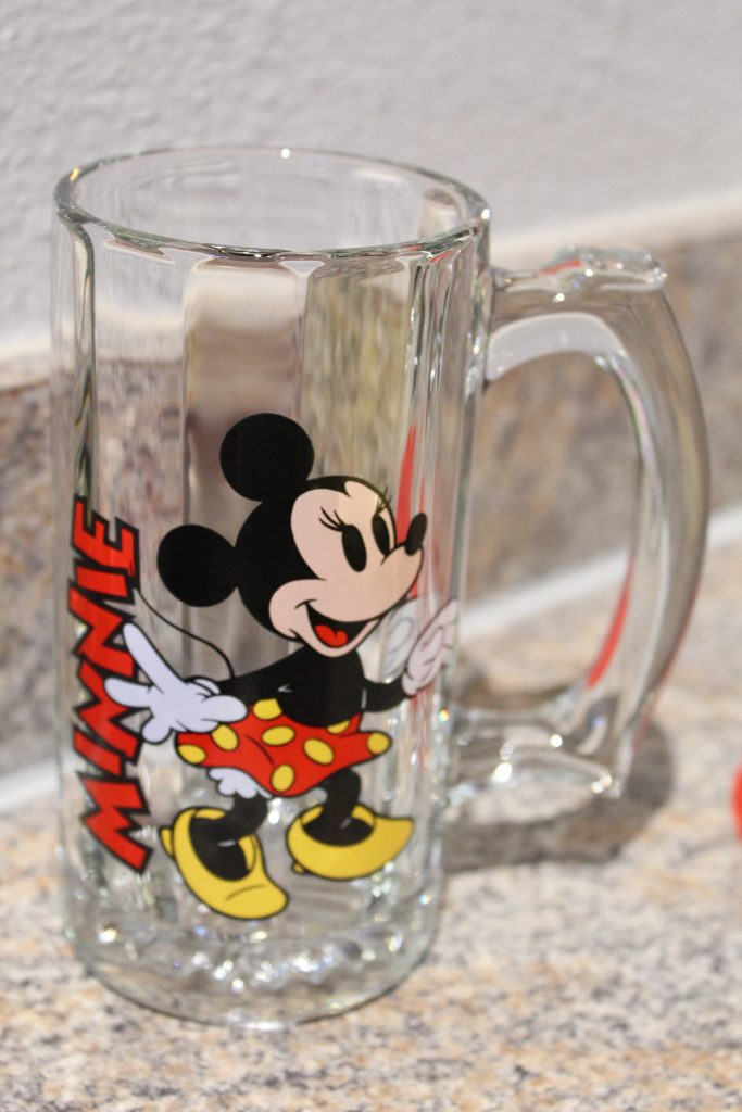 Throwback Minnie Mouse glass with handle